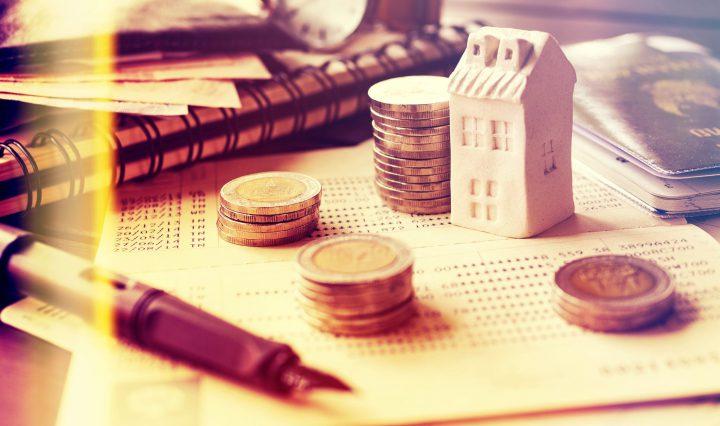 financas-casa-novalocador-entregando-chave-locatario-100317