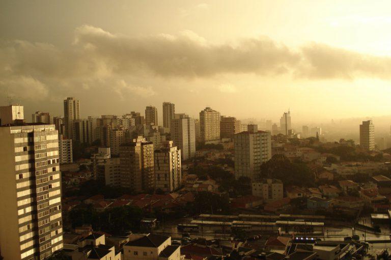 A Vila Madalena é uma típica cidade paulistana